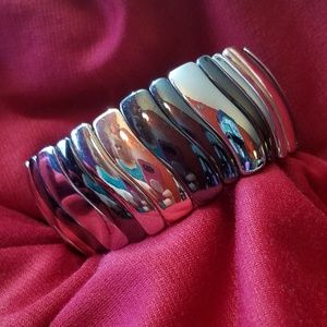 ✿ Nine West Tri-Color Stretch Bracelet ✿